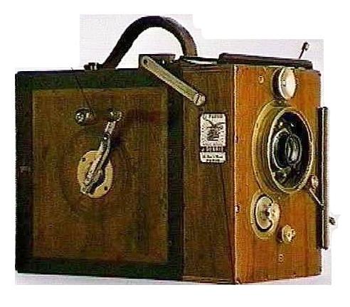 デブリエ・パルボ35ミリカメラ 1908.jpg