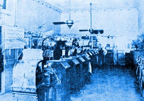 1894デトロイトのキネマスコープパーラー.JPG